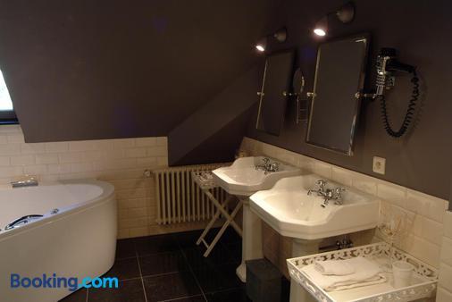 Romantik Hotel Manoir Ogygia - Poperinge - Bathroom
