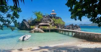 Sangat Island Dive Resort - Coron
