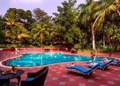 Taj Deccan - Hajdarábád - Bazén