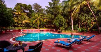 Taj Deccan - Hyderabad - Pool