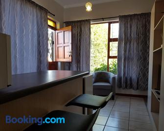 Apollo Airb&b - Vredenburg - Sala de estar