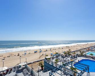 Holiday Inn & Suites Ocean City - Ocean City - Strand