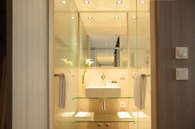 Relexa Hotel München - Munich - Bathroom