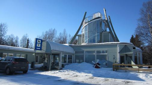 Hotelli Yöpuu - Kemi - Building