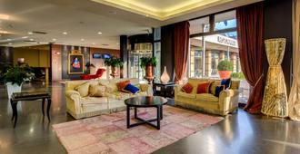 Best Western Plus Hotel Expo - Villafranca di Verona - Lobby