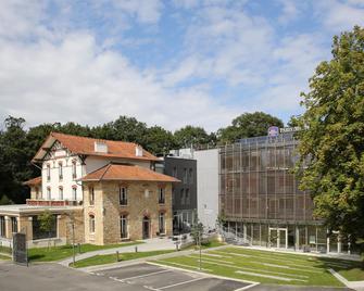 Best Western PLUS Paris Meudon Ermitage - Медон - Building