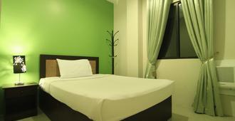 Urban Manor Hotel Annex - Roxas City