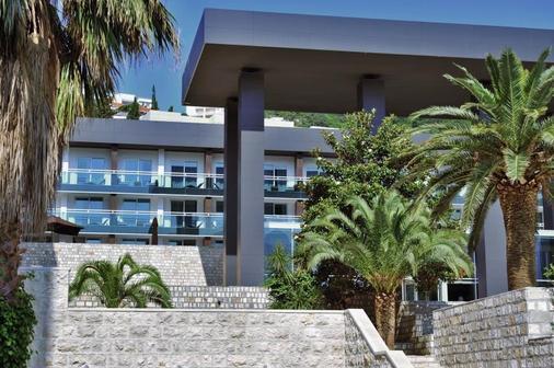 Avala Resort & Villas - Budva - Building