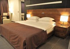Avala Resort & Villas - Budva - Bedroom