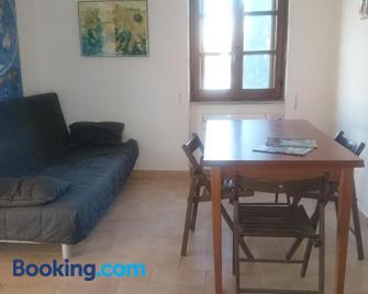 Edvige'S House - San Felice Circeo - Living room