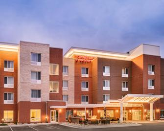 TownePlace Suites by Marriott Dubuque Downtown - Дабек - Building