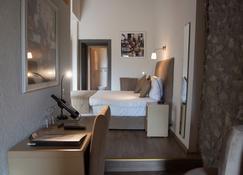 Hôtel de l'Ange - Nyon - Schlafzimmer