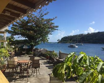 Paradise Beach Hotel - Kingstown - Патіо