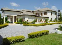 Villa Sanfoka - Kumasi - Building