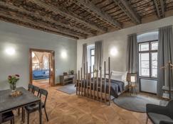 3 Epoques - Prague - Bedroom