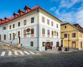 Hotel Salamander - Banská Štiavnica - Building