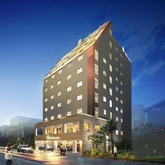 Hotel Rest Seogwipo - Thành phố Seogwipo - Toà nhà