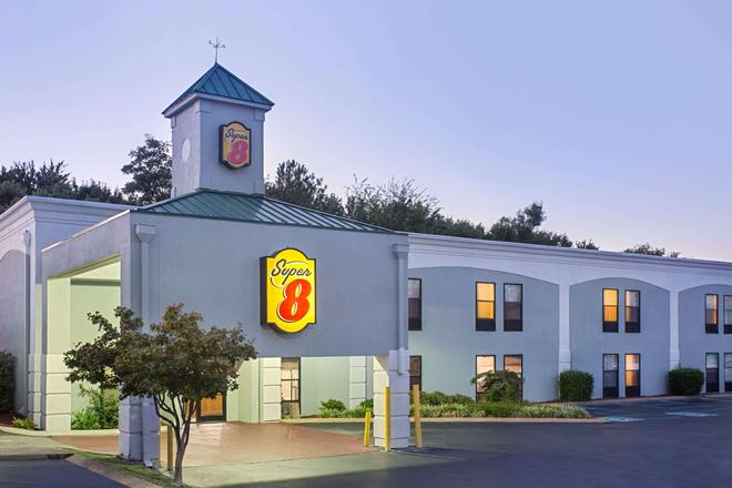 Super 8 by Wyndham Chattanooga/Hamilton Place - Chattanooga - Building