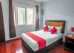 OYO Dpas 52 - Mérida - Bedroom