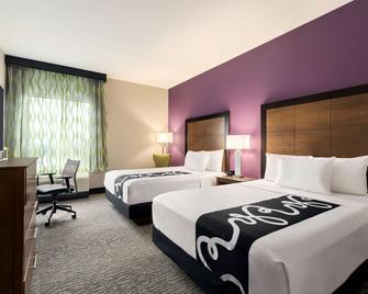 La Quinta Inn & Suites by Wyndham Burlington - Burlington - Bedroom