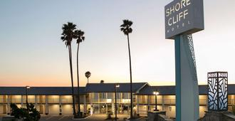 Shore Cliff Hotel - Pismo Beach - Edificio