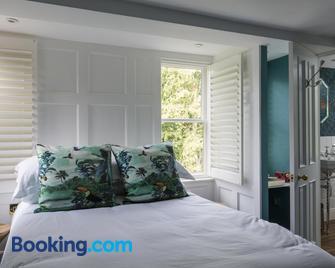 Mount Edgcumbe - Tunbridge Wells - Bedroom