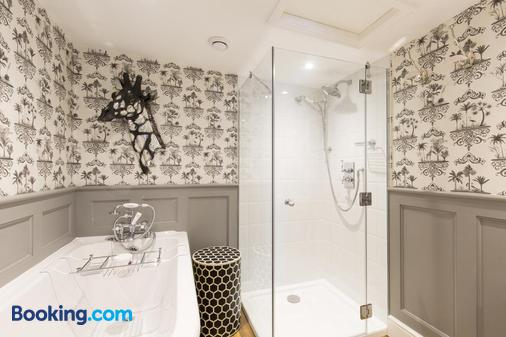 The Mount Edgcumbe - Tunbridge Wells - Bathroom