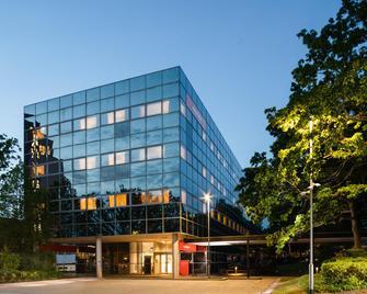 Easyhotel Milton Keynes - Milton Keynes - Gebouw