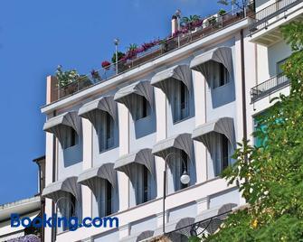 Hotel Ideale - Ortona - Building