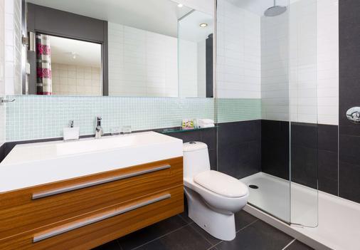 Hotel Sepia - Québec City - Bathroom