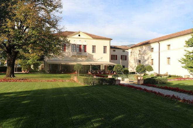 Villa Ca' Sette - Bassano del Grappa - Edificio