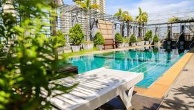 Northgate Ratchayothin - Bangkok - Alberca