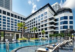 Grand Park City Hall - Сингапур - Бассейн