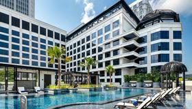 Grand Park City Hall - Singapur - Piscina