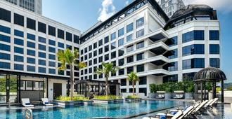 Grand Park City Hall - Singapur - Piscina