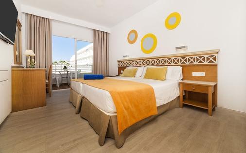Globales Pionero - Khu nghỉ mát Santa Ponsa - Phòng ngủ