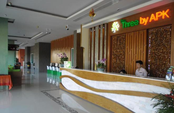 The Three By Apk - Patong - Front desk