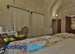 View Cave Hotel - Göreme - Bedroom