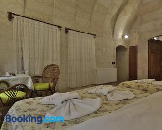 View Cave Hotel - Goreme - Bedroom