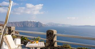 Thirea Suites & Studios - Adults Only - Oia - Balkong