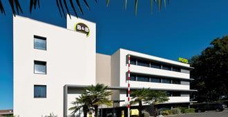 B&B Hotel Pau Zénith - פו