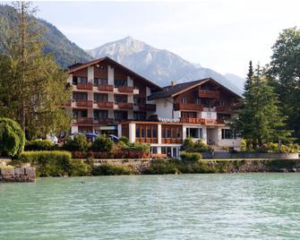 Seehotel Bönigen - Bonigen - Gebäude