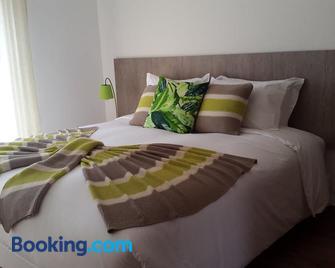 Casa dos Lagos - AL - Velas - Schlafzimmer