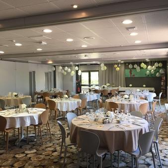 Kyriad La Roche Sur Yon - La Roche-sur-Yon - Banquet hall