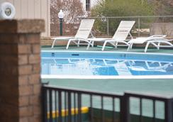 The Springs Hotel And Spa - Hot Springs - Pool