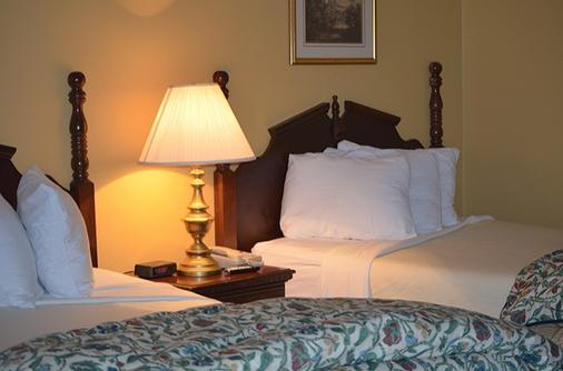 The Springs Hotel And Spa - Hot Springs - Bedroom