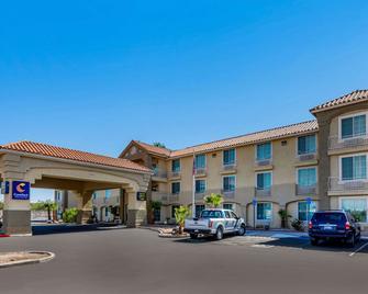 Comfort Inn & Suites El Centro I-8 - El Centro - Edifício
