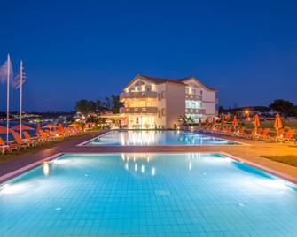 Al Mare Hotel - Planos - Pool