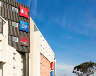 ibis Orly Chevilly Tram 7 - Chevilly-Larue - Building