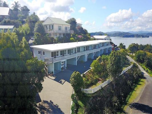Pearl Of The Bay - Paihia - Building